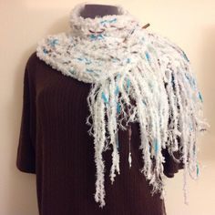 Chunky Blue & White Scarf w/ Wooden Scarf Pin