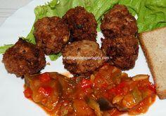 Chiftele o albóndigas rumanas . La carne picada ofrece una gran libertad gastronómica y según la habilidad de cada uno, claro está, pero...