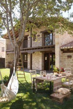 Lawn And Garden, Home And Garden, Garden Design, House Design, Mediterranean Garden, Green Lawn, Village Houses, Stone Houses, Home Fashion