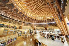 国際教養大学 眠らない図書館