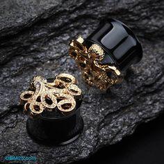 A Pair of Golden Evil Octopus Ear Gauge Tunnel Plug