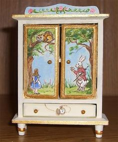 dollhouse miniature nursery furniture with an Alice in Wonderland theme Diy Outdoor Furniture, Unique Furniture, Repurposed Furniture, Miniature Furniture, Dollhouse Furniture, Nursery Furniture, Kids Furniture, Shabby Chic, Alice In Wonderland Theme