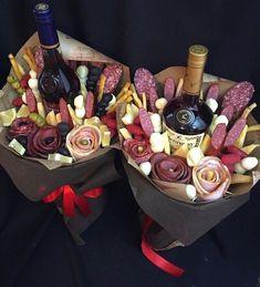 МИР ТКАНИ   ШТОРЫ   КАРНИЗЫ   КОВРЫ   ВКонтакте Man Bouquet, Food Bouquet, Homemade Christmas Gifts, Homemade Gifts, Homemade Gift Baskets, Bouquet Cadeau, Edible Bouquets, Wine Gift Baskets, Chocolate Bouquet