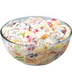 Fruit Cocktail in Condensed Milk and Heavy Cream The Filipino Fruit Salad is a staple dessert to most Filipino parties, just like the Leche Flan. Filipino Dishes, Filipino Desserts, Asian Desserts, Filipino Recipes, Delicious Desserts, Dessert Recipes, Yummy Food, Postres Filipinos, Filipino Fruit Salad