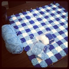 Love the gingham look to this blanket
