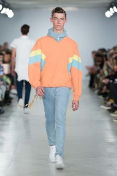 Christopher Shannon Spring 2017 Menswear Fashion Show Fashion Time 80s And 90s Fashion, Big Men Fashion, Look Fashion, Fashion Show, Fashion Outfits, Fashion Trends, Men's Outfits, Funky Fashion, School Fashion