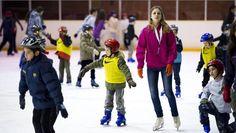Aprende a patinar sobre hielo en la pista del F.C. Barcelona