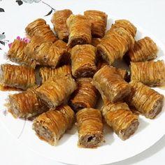 Best Easy Cake : Homemade Walnut Burma Recipe - Dessert Recipes with Sorbet, Baklava Cheesecake, Baklava Recipe, Biscuit Pudding, Turkish Recipes, Dessert Recipes, Desserts, Iftar, Sorbet, Sausage
