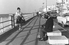 העיר של הים. טיילת תל אביב בשנת 1969 (צילום: משה מילנר , לעמ)