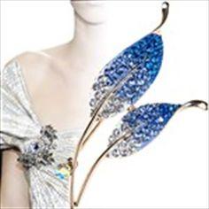 Elegant Rhinestones Paved Sleek Leaves Brooch Dressing Decorator Jewelry for Lady Woman - Assorted Color