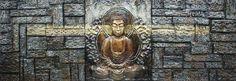 Detaljert og mystisk Buddha figur malt direkte på lerret av tre. Lerretet gir en dybde følelse og gir hvert enkelt maleri ett unikt utseende.Mål:Høyde 60 cmBredde 180 cmVarenummer:670422