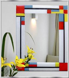 See yourself surrounded by beautiful glass Stained Glass Mirror, Mirror Mosaic, Stained Glass Projects, Diy Mirror, Fused Glass Art, Mosaic Glass, Glass Mirrors, Feng Shui Espejos, Wall Paint Patterns