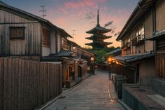 https://flic.kr/p/uFNMp2 | Yasaka Pagoda Sunset | Website  |  Facebook | Twitter  |  Instagram | Google+ | Newsletter  Learn how I used split toning to give dramatic color to this image in this Photography Quick Tip video: Click Here To Watch  The colors of sunset burst behind the pagoda of Yasaka Shrine in Kyoto, Japan