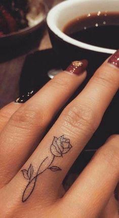 95 finger tattoos for inspiration - Tattoos - tattoos Finger Tattoo Designs, Finger Tattoo For Women, Meaningful Tattoos For Women, Flower Finger Tattoos, Rose Tattoo On Finger, Hand Tattoos For Women, Flower Tattoo On Hand, Small Tattoos On Hand, Tattoo Hand