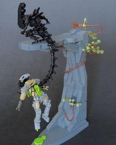 Alien kills Predator with a LEGO flipper mocs Lego Alien Vs Predator, Predator 2, Deco Lego, Lego Poster, Image Hilarante, Lego Hacks, Lego Sets, Lego Machines, Flipper