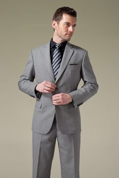 Classic Houndstooth Light Grey suit Grey Suit Black Shirt, Grey Suit Combinations, Light Grey Suits, Suit Fashion, Houndstooth, My Wardrobe, Autumn Winter Fashion, Gentleman, Confidence