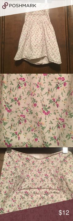 Charlotte Russe strapless dress Size L Selling wine Charlotte Russe, Size large, strapless dress. The dress has a base of baby pink with pink and tan flowers with green foliage all over. Top has boning. Dress has belt loops, does not come with belt. Charlotte Russe Dresses Midi