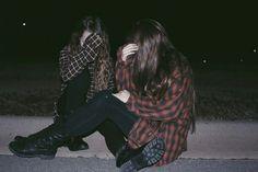 Картинка с тегом «grunge, girl, and friends»