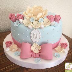 Vintage Cake By Cakesbyme