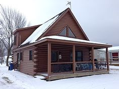 1 1/2 Story Modern Log CabinVacation Rental in Houghton Lake from @homeaway! #vacation #rental #travel #homeaway