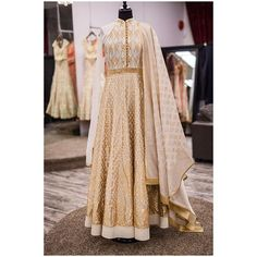 Here's a look at this beautiful brand new off white silk anarkali with gold shimmer applique work! This piece is paired with a silk dupatta with an all over block print! This is definitely a one of a kind piece! A total stunner!  All of our pieces are customizable to meet your requirements and personal style! Email us at sales@wellgroomed.ca Out of the country? We've got you covered! We offer phone and skype consultations as well!  Drop by one of our retail locations:  6028 Stevenson Blvd…