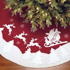 Adjustable Christmas Tree Skirt Red White Santa Claus and Reindeer Pattern New Xmas Tree Skirts, Christmas Tree Skirts Patterns, Christmas Tree Decorations, Holiday Crafts, Holiday Decor, Santa And Reindeer, Felt Christmas, Christmas Trees, Tree Toppers