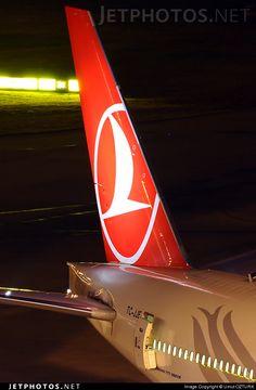 Boeing 777-3F2ER TC-JJE 40707 Istanbul Ataturk/Yesilkoy Int'l Airport - LTBA