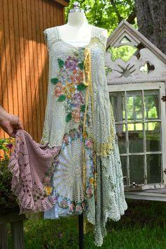 Boven Gypsy de la flor del vestido del ganch por LuvLucyArtToWear: