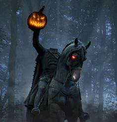 Does FOX's newest fantasy mystery drama about a headless horseman stand up in modern day Sleepy Hollow find out more after the jump! Retro Halloween, Halloween Prop, Halloween Pictures, Halloween Horror, Holidays Halloween, Halloween Crafts, Happy Halloween, Halloween Decorations, Halloween Goodies