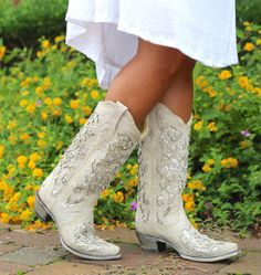 Shop Women's Corral White size Ankle Boots & Booties at a discounted price at Poshmark. Description: Corral White Glitter Inlay and Crystals Brand new never worn still in the box. Sold by Fast delivery, full service customer support. Cowgirl Wedding, Wedding Boots, Hunting Wedding, Wedding Attire, Chic Wedding, Wedding Stuff, Lace Wedding, Wedding Dresses, Glitter Shoes