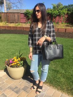 Black + White Checks | how to style distressed denim | spring style | spring fashion | styling for spring and summer | black and white outfit | warm weather fashion | style ideas for spring | fashion tips for spring || The Flexman Flat