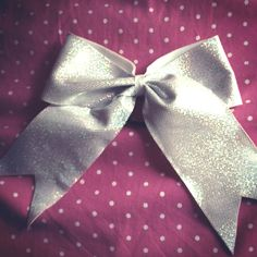Big cheer bows <3