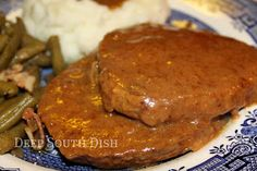 Deep South Dish: Steak and Gravy with Onion