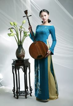 Ao dai, the traditional dress of Viet Nam.