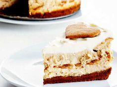 Pepparkakscheesecake Swedish Christmas Food, Christmas Baking, Baking Recipes, Dessert Recipes, Desserts, Gingerbread Cheesecake, Swedish Recipes, Fika, Sweet And Salty