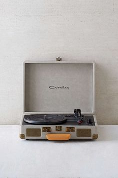 Crosley X UO Cruiser Briefcase Portable Vinyl Record Player - Urban Outfitters in grey