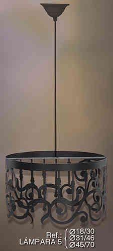 Lámpara de hierro forjado realizada en forja totalmente artesanal. Diseño moderno con varias medidas y precios en Rustiluz.  #forja, #hierro, #lamparas, #de, #techo #iluminacion, #rustica, #decoracion, #rusticas