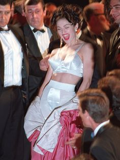 1991 - Madonna in Jean Paul Gaultier at Cannes Film Festival stairs Madonna 90s, Madonna Photos, Madonna Outfits, Madonna Fashion, Lady Madonna, 90s Fashion, Jean Paul Gaultier, Henry Miller, Festival Looks
