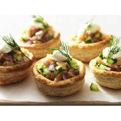 Smoked salmon vol au vents recipe - By Australian Women's Weekly, Crisp, golden pastry cases filled with a crunchy, piquant salmon filling and topped with smooth sour cream make a gorgeous platter for a cocktail party. Best Smoked Salmon, Smoked Salmon Appetizer, Tea Recipes, Pork Recipes, Fish Recipes, Appetizer Recipes, Cooking Recipes, Vol Au Vent, Peach Pork Chops