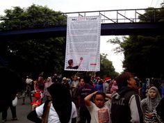 Gerakan Sosialisasi BISINDO di CFD Solo
