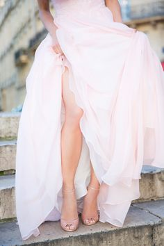 Fluffy Blush Gown Http Www Stylemepretty 2017