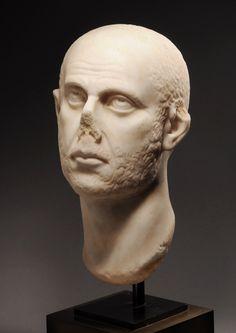 ROMAN MARBLE PORTRAIT HEAD OF THE EMPEROR AURELIAN, AD 270-275