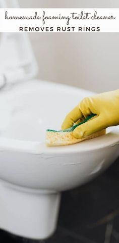Do you need to clean those toilet bowl stains? This simple 2 ingredient homemade foaming toilet bowl cleaner is just the thing to clean your toilet quickly and naturally. #diycleaner #bathroomcleaner #naturalcleaners #toiletcleaner #essentialoils #diyfoamingtoiletcleaner #diy #home #bathroom