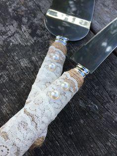Rustic cake cutters
