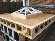 Flat Roof Lanterns - Everitt and Jones House Extension Plans, Roof Extension, Garden Room Extensions, House Extensions, Flat Roof Construction, Flat Roof Materials, Flat Roof Skylights, Flat Roof House, Timber Roof