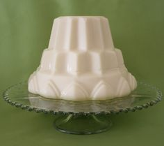 Vanilla Blancmange - Blancmange is a sweet dessert commonly made with milk or cream and sugar thickened with gelatin, cornstarch or Irish moss, and often flavored with almonds. It is usually set in a mould and served cold.