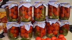 Rosii marinate cu frunze de morcov - O reteta delicioasa