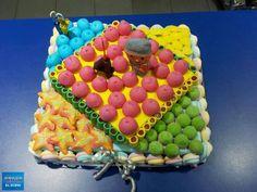 Bonita tarta de cumpleaños de Dulce Diseño El Born. Seguro que le sentó genial al cumpleañero :)