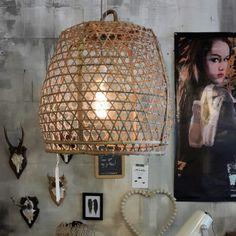 Hanenmand lamp van mandenmand.nl