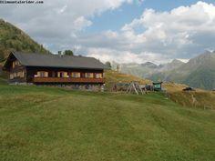 Glocknerblick - Austria  http://www.ilmountainrider.com/itinerari/moharkreuz-una-montagna-per-bambini-in-austria/